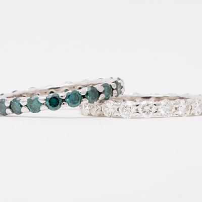 Alliance ringen met een kleurdiamant.